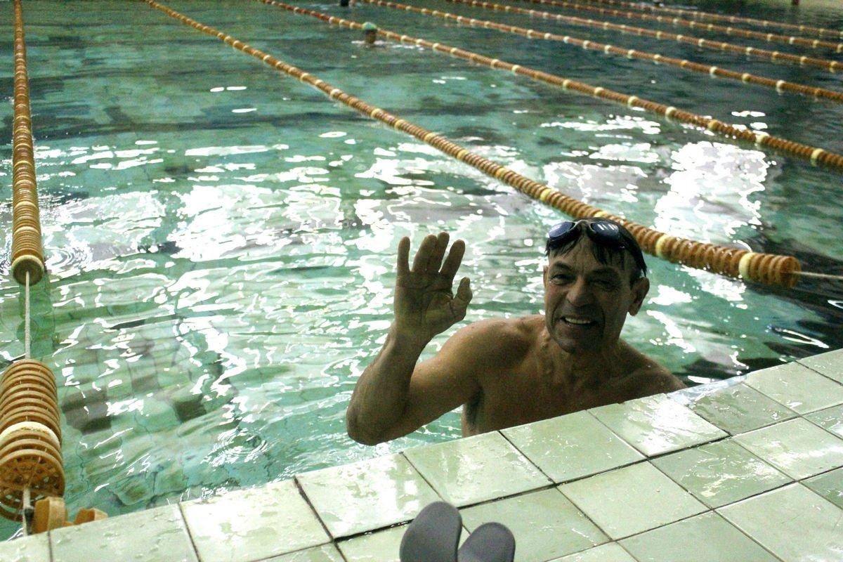 Лучше плавать, чем принимать таблетки