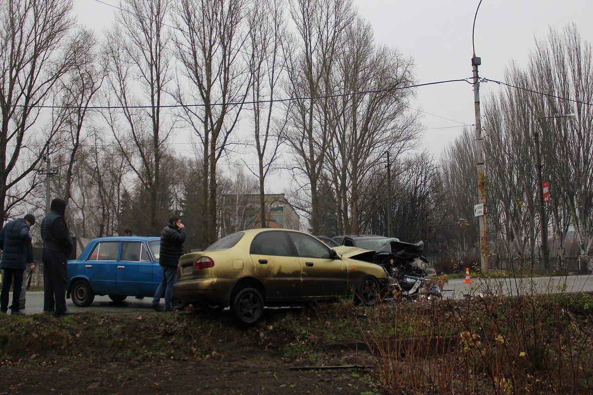 ДТП на пересечении двух улиц