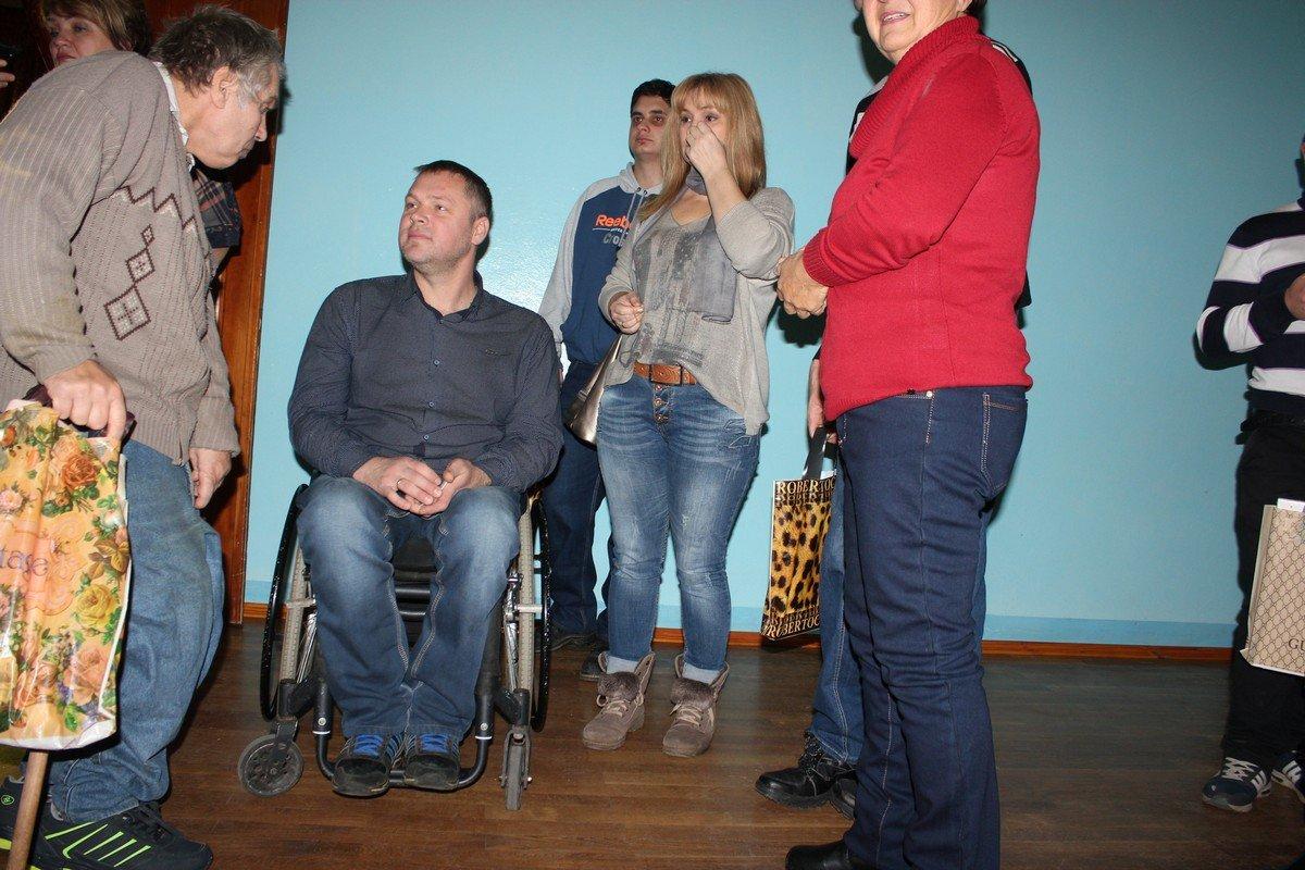 Антон Серов в центре внимания. Уважаемый, воспитанный и обаятельный человек