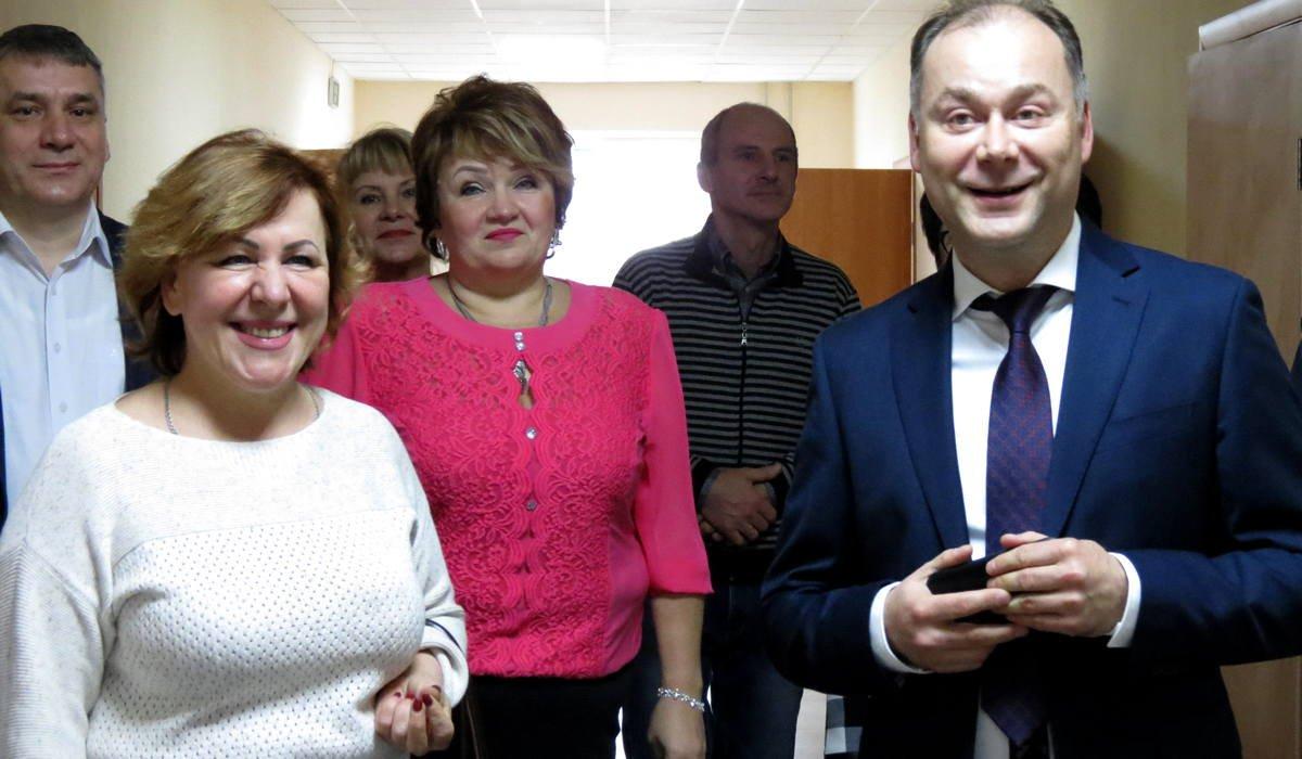 В больнице побывал мэр Андрей Фисак