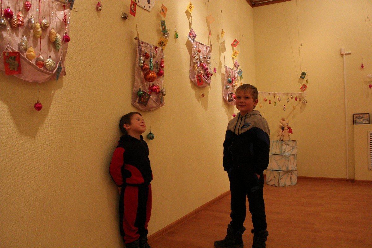 Маленькие посетители выставки