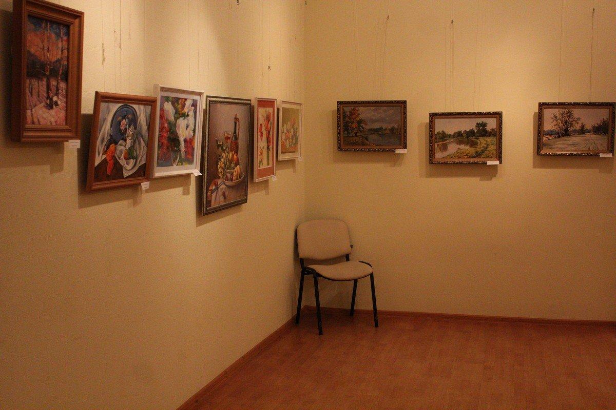 Представленные картины выполнены в разных стилях