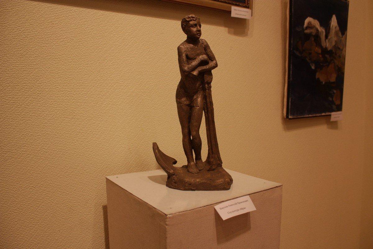 Автор скульптуры Анатолий Зинухов