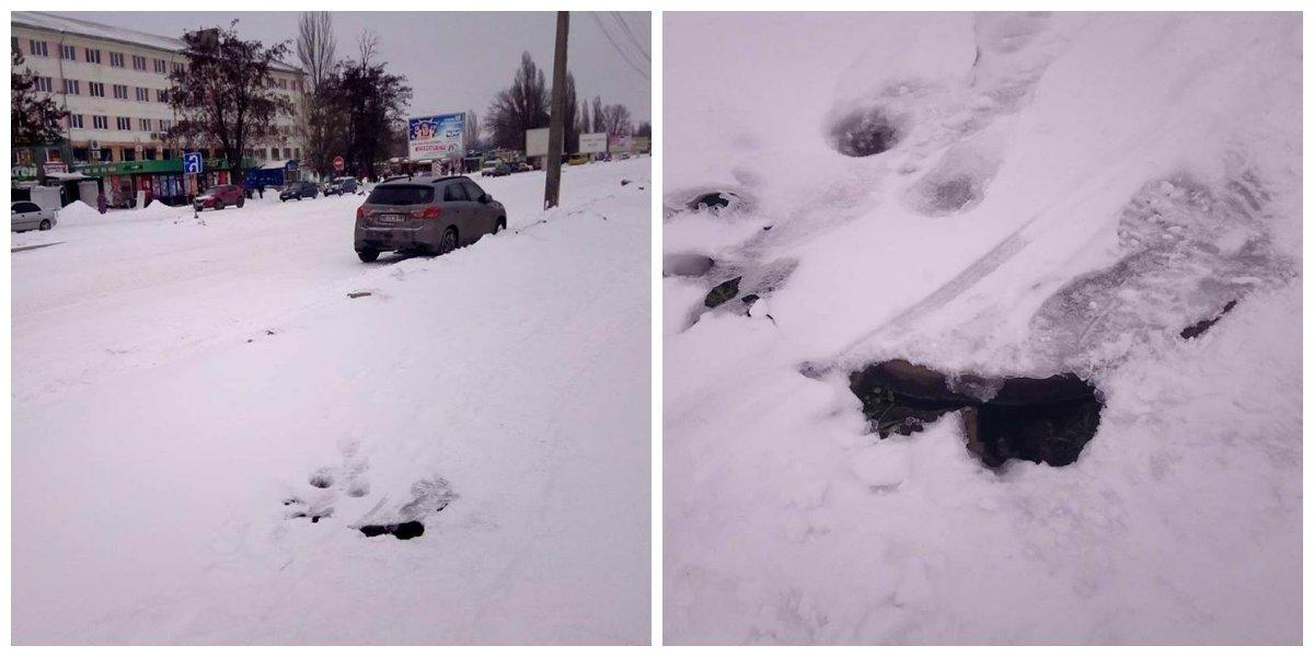 на тротуаре по улице Электрометаллургов под снегом полуоткрытый люк