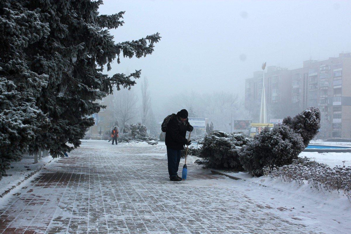 Коммунальные службы работают в любую погоду