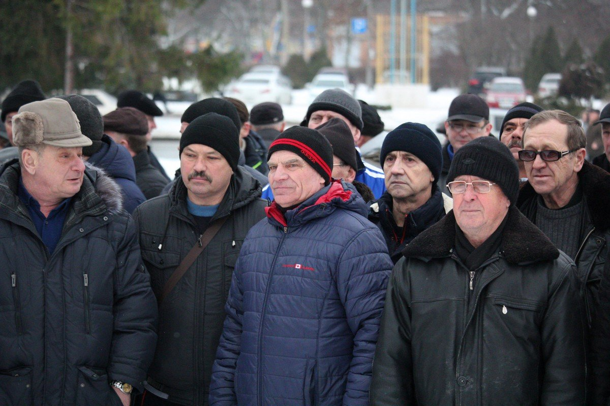 Митингующие требуют повышение пенсий