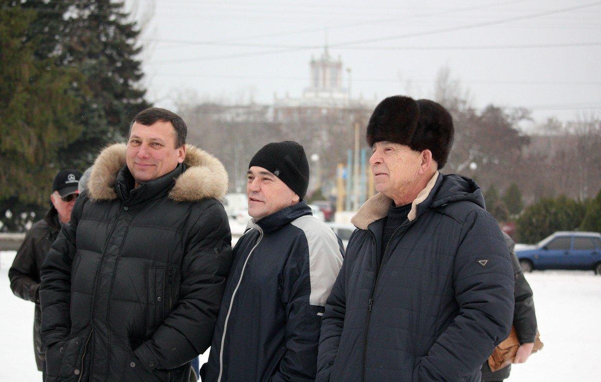 Слева - Олег Омелянчук