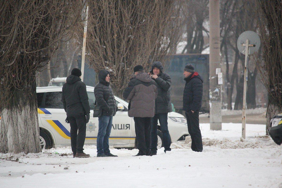В Никополе «заминировали» АТБ возле автовокзала: людей эвакуировали