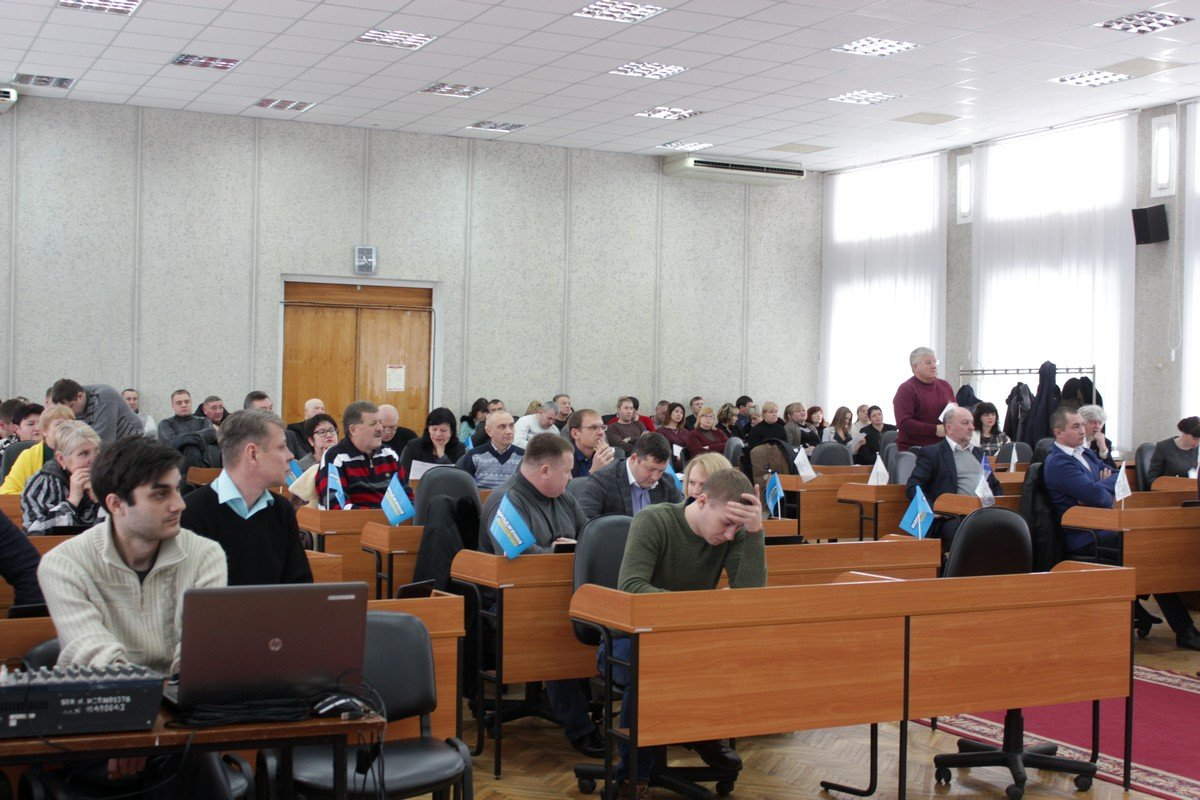 26 января в Никопольском горсоветесостоялась первая в 2018 году сессия