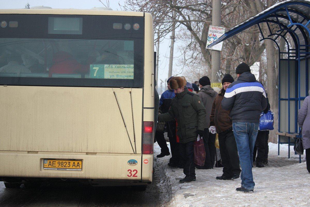 В Никопольском горсовете опровергли слухи о поднятие цены на проезд в городских автобусах до 5 гривен