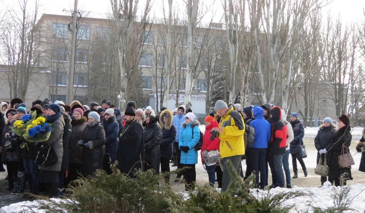 Морозным утром почтить память убитых евреев пришли педагоги