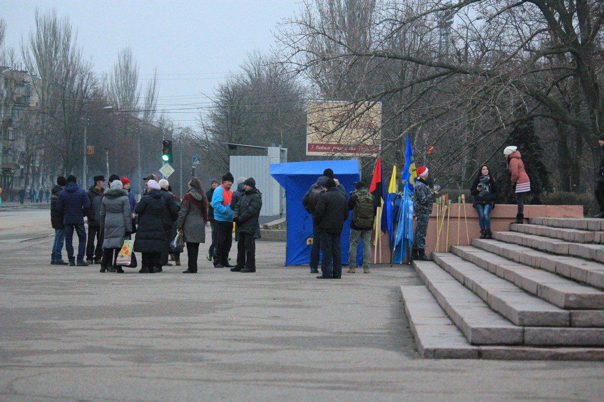 """Место встречи - памятник """"Защитника Украины"""""""