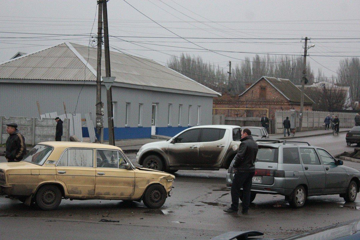 Пересечение улиц Некрасова и Электрометаллургов