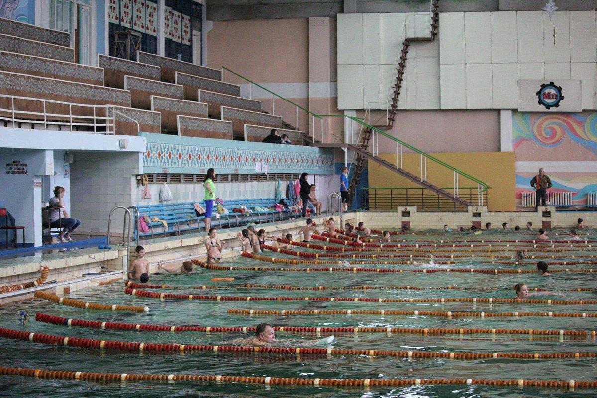 Профессиональный бассейн в городе Покров (бывший Орджоникидзе)