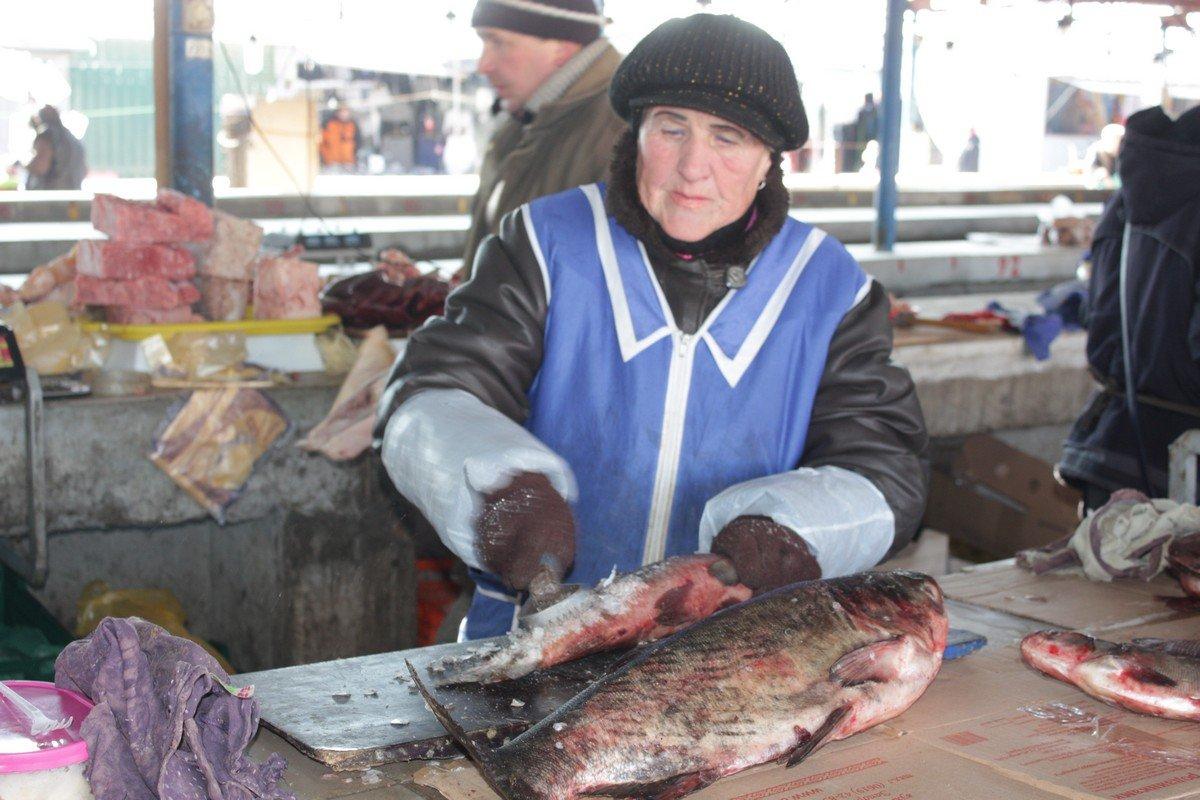 Купленную рыбу почистят за отдельную плату