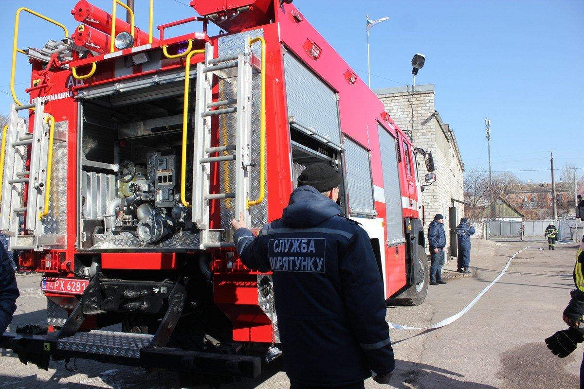 Спасатели продемонстрировали технические возможности автомобиля