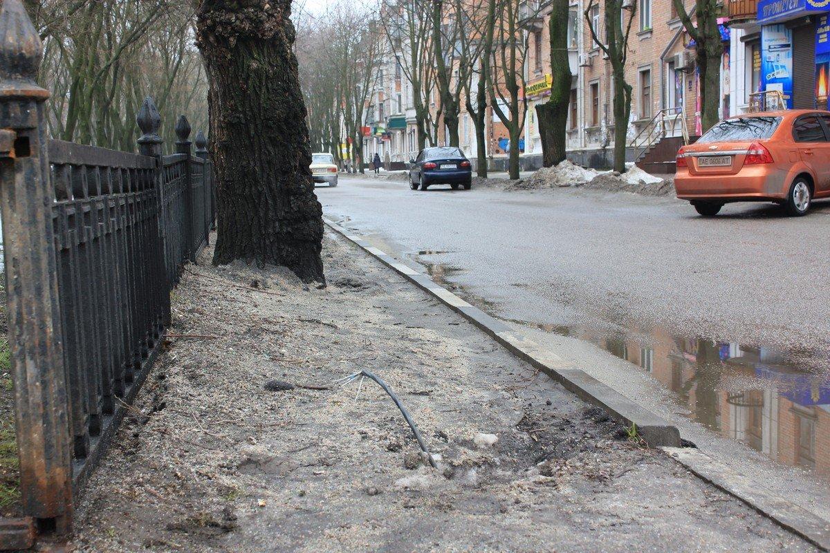 Опору от прежнего светофора - демонтировали