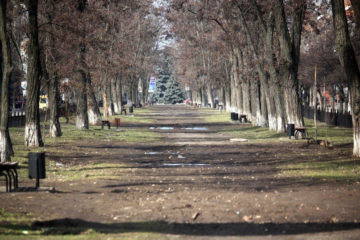 Впервые в Никополе появится тактильная плитка для маломобильных групп населения