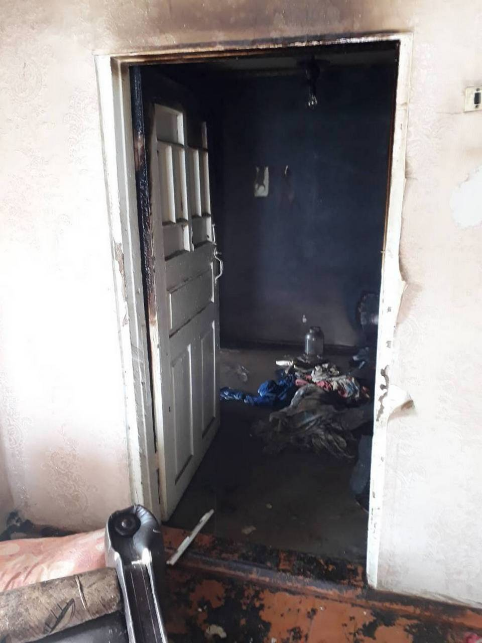 Пожар на улице Рожкова в селе Покровское