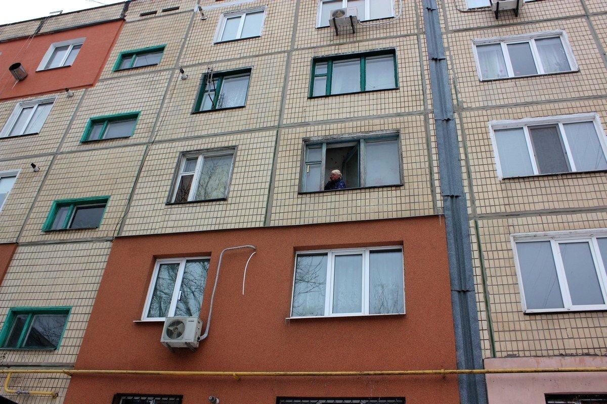 Женщинастала заложницей собственной квартиры