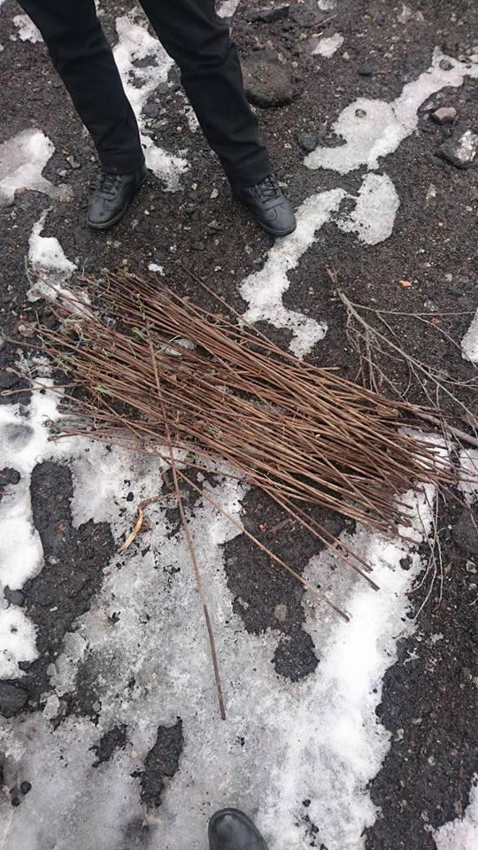 В Никополе полицейские задержали мужчину при попытке кражи металлических изделий