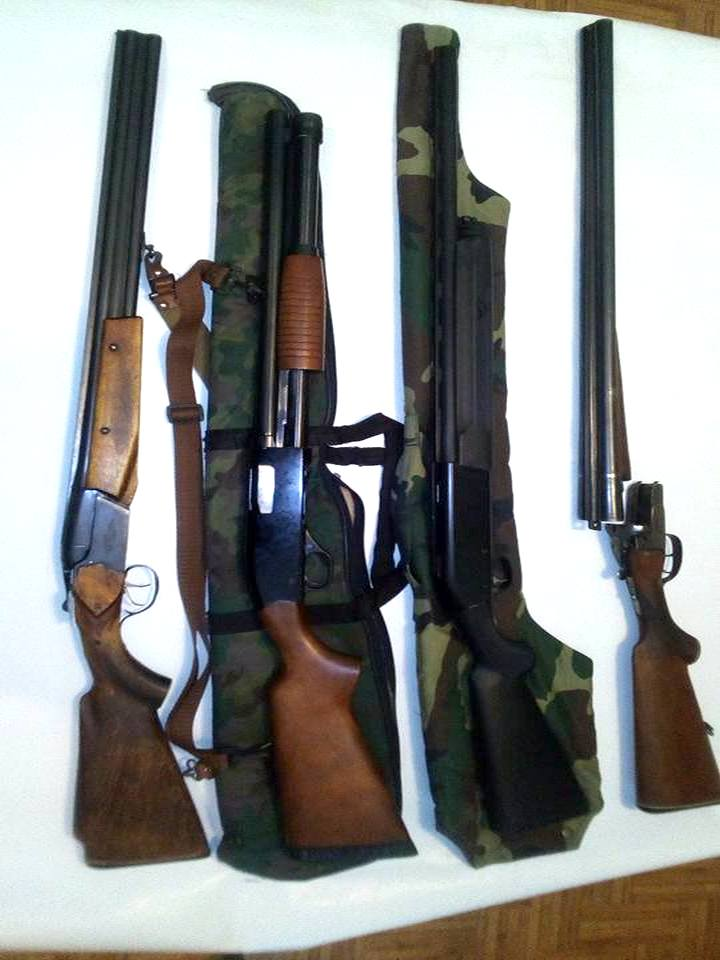 Жители Никополя массово сдают оружие