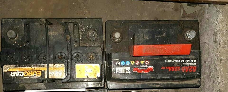 Житель Никополя вынимал аккумуляторы и магнитол из автомобилей