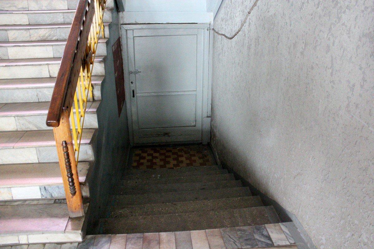 Аварийный выход на 1 этаже закрыт