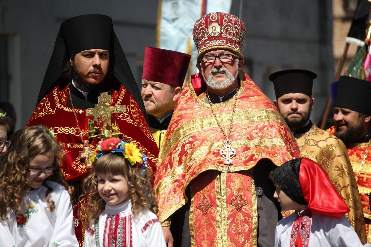 На торжестве присутствовали представители духовенства