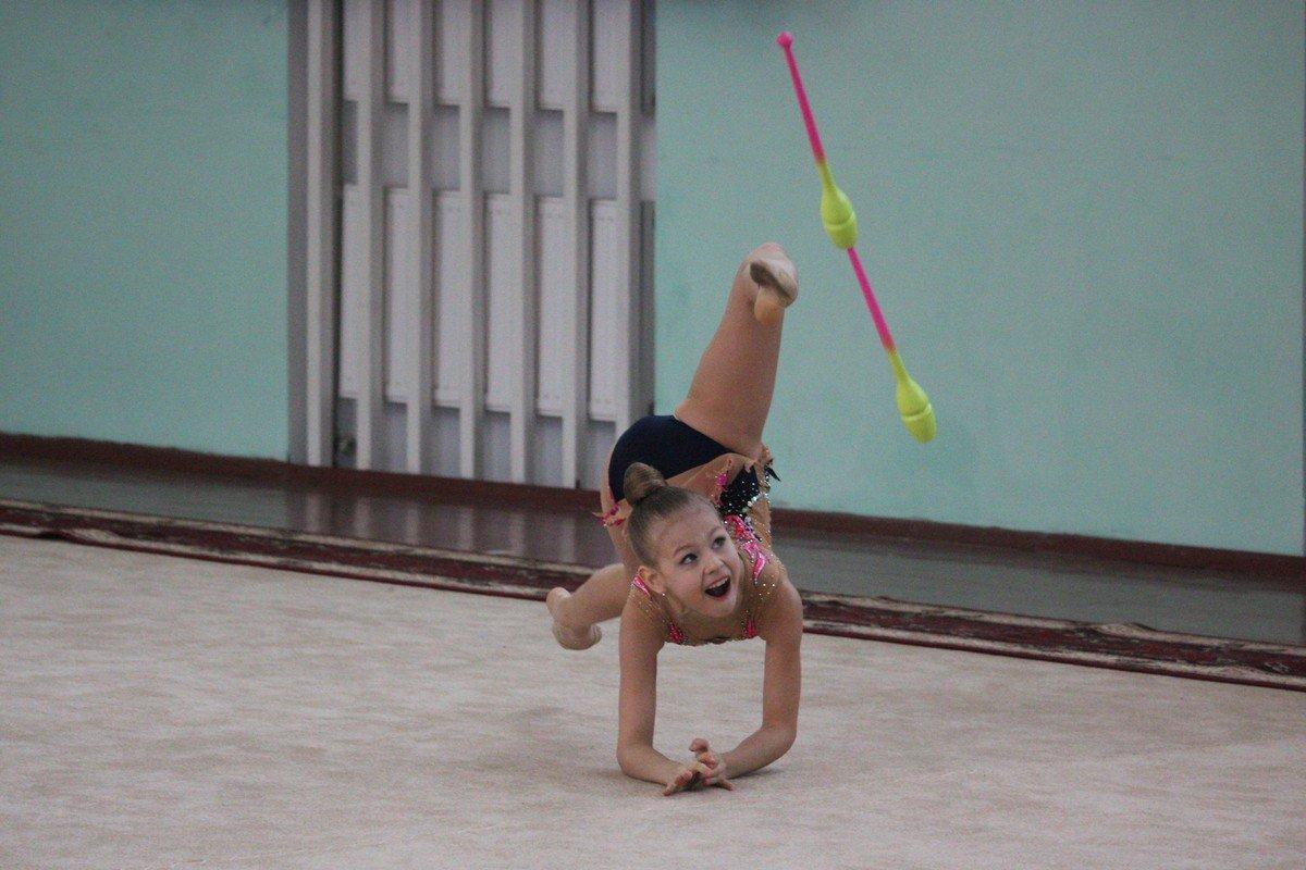 Гимнастки делают невозможное возможным