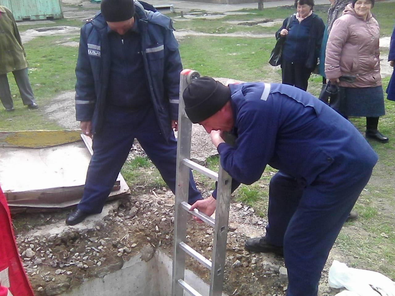 В Никополе мужчина провалился в погреб