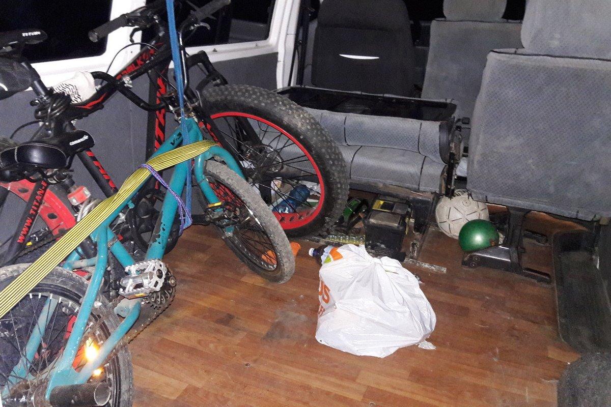 Успели украсть один велосипед из трех