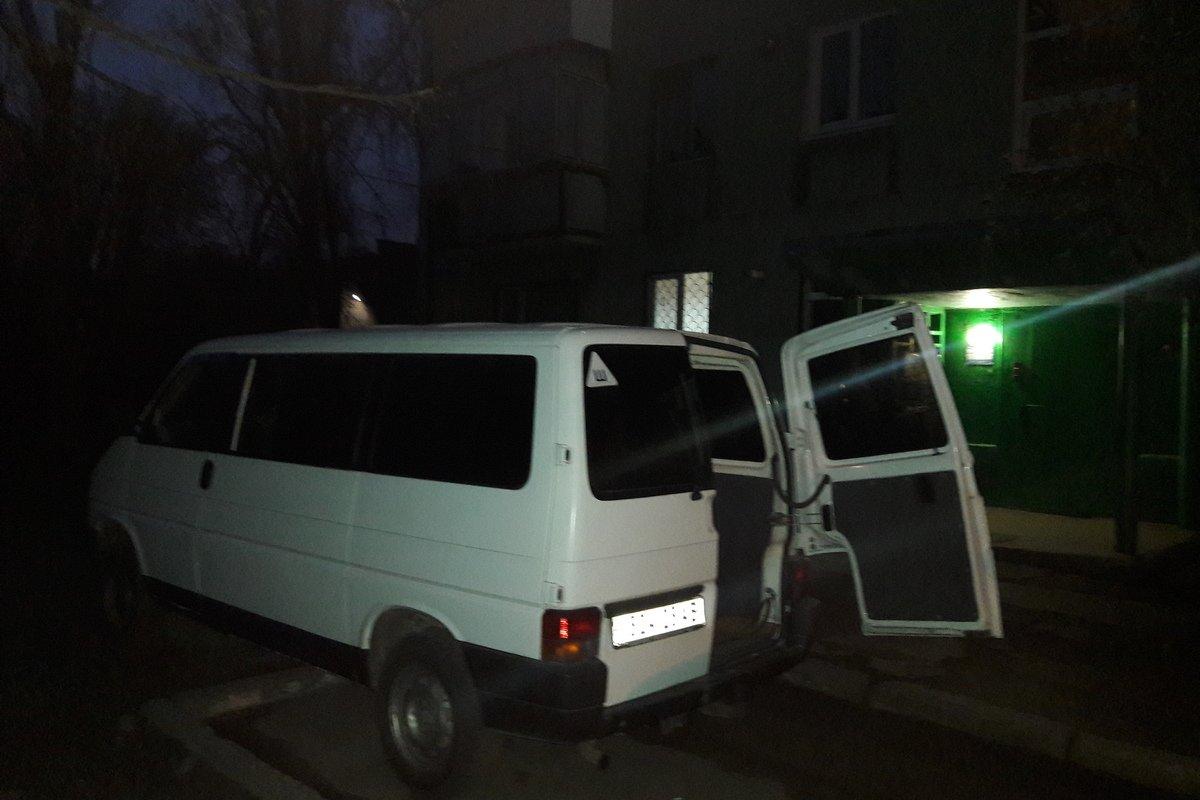 Автомобиль вскрыли в ночь с 13 на 14 апреля