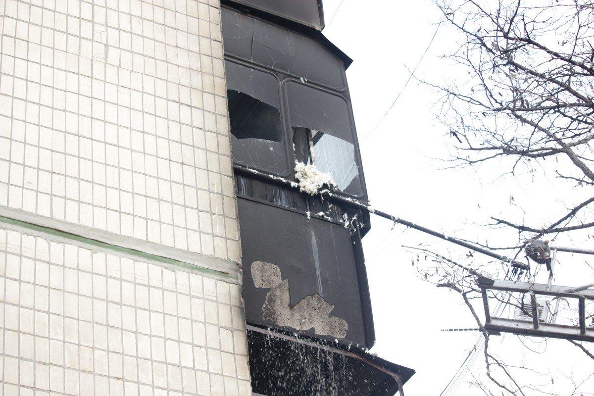Возгорание произошло на балконе второго этажа