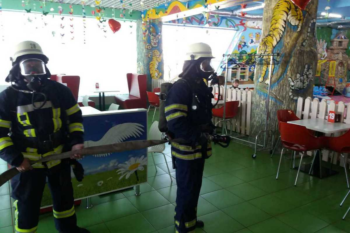 В детском центре соблюдают правила пожарной безопасности