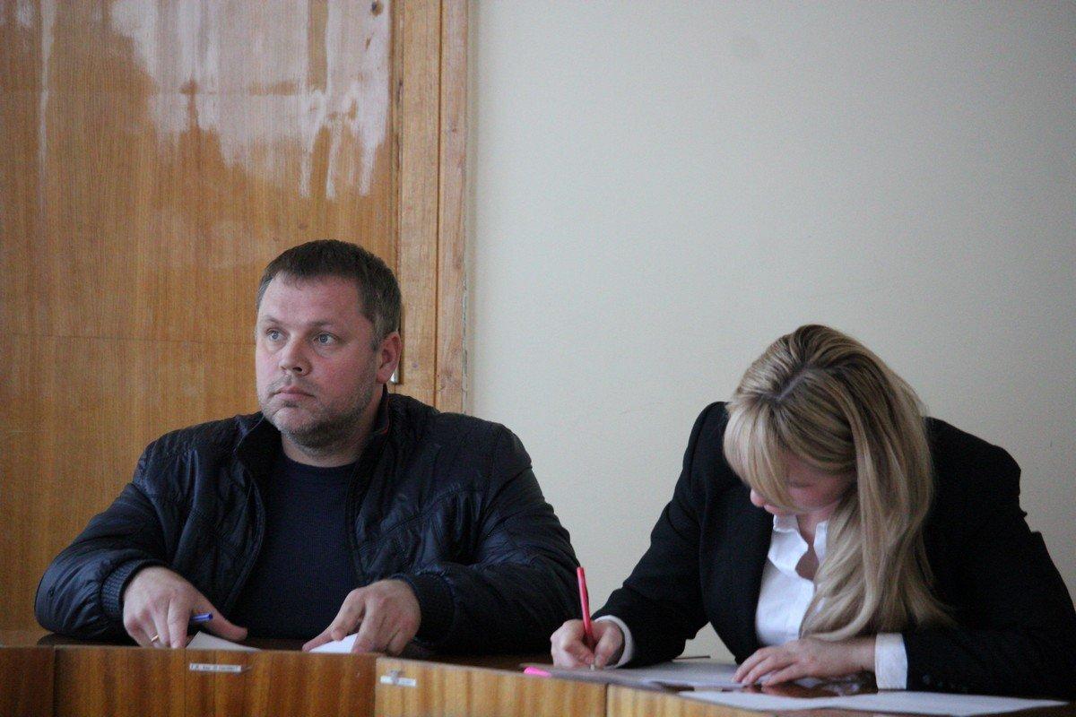 Председатель собрания Антон Серов
