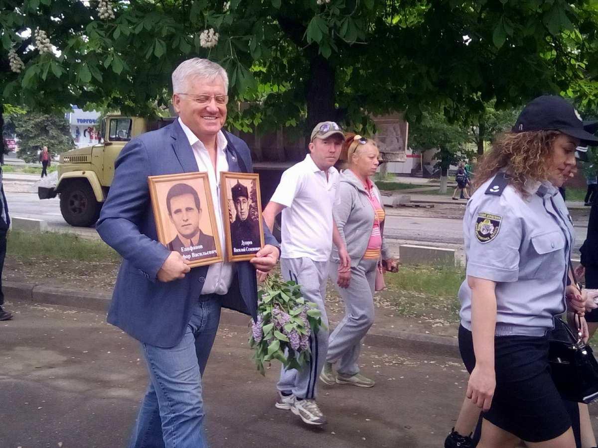 Депутат горсовета Александр Рыбаков тоже принял участие в марше