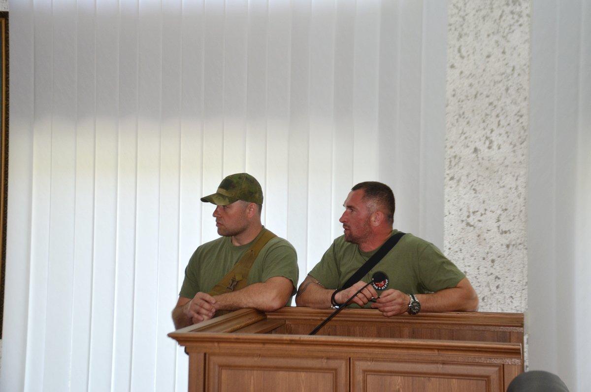 """Представители """"Правого сектора"""" обещают прибегнуть к народовластию, если их требования не выполнят"""