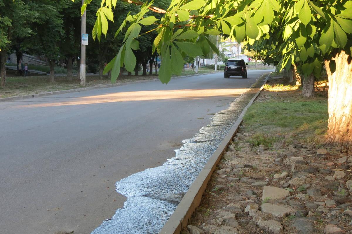 Весь день в Никополе сбрасывали воду