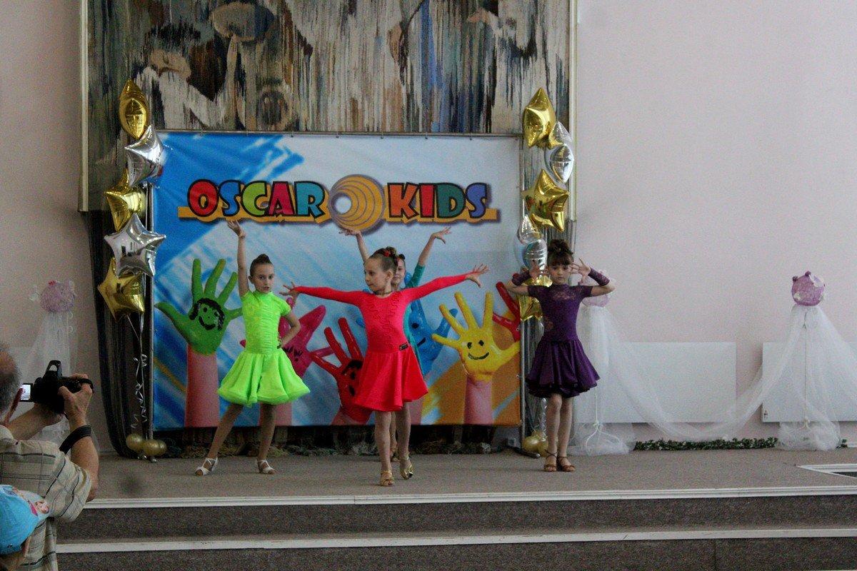 В Никополе провели конкурс талантов среди детей