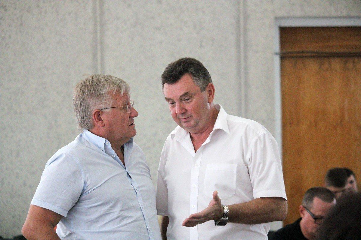 Разговор двух депутатов