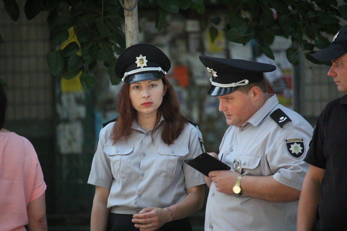 начальник отдела ювенальной превенции управления превентивной деятельности ГУНП в Днепропетровской области Анна Карпеченкова