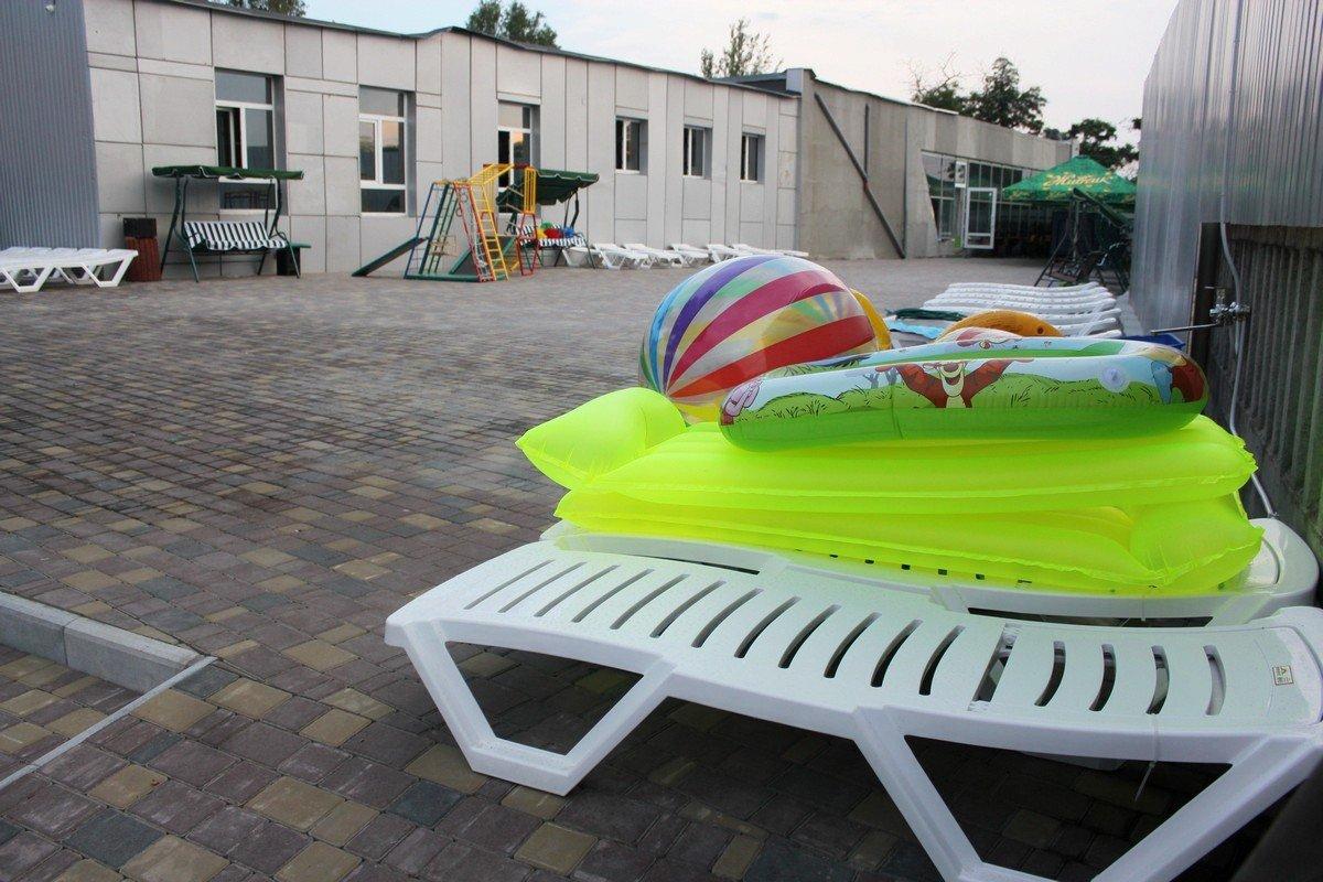 Пляжный инвентарь для отдыхающих