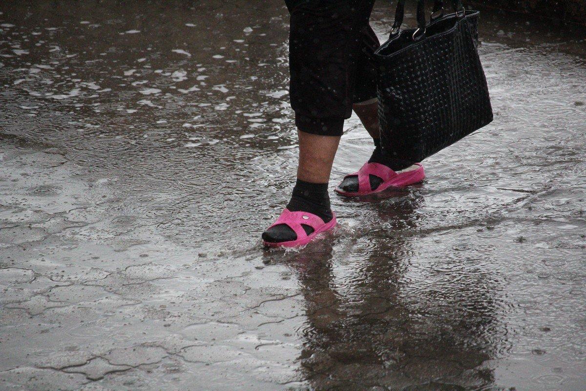 Чтобы если промокнут, то не замерзли