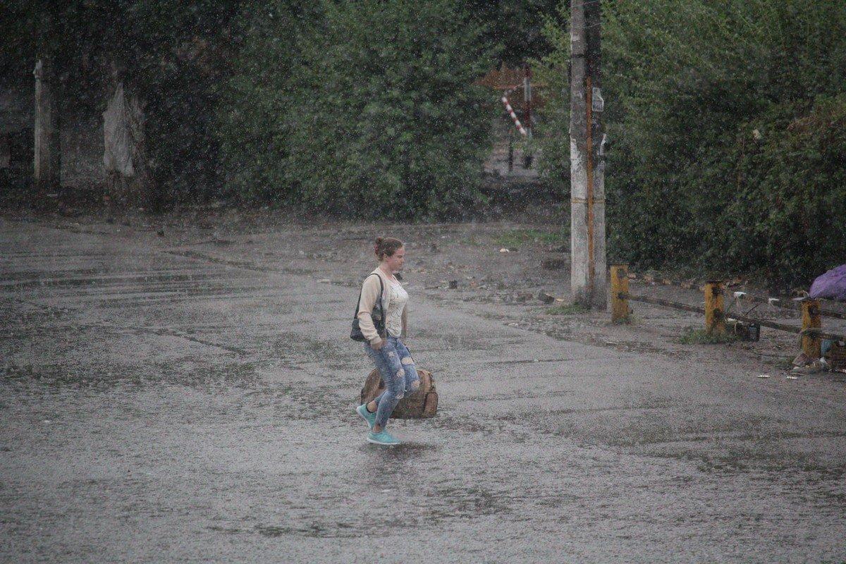 Дождь в дорогу - хорошая примета. А вот что означает промокнуть до нитки?