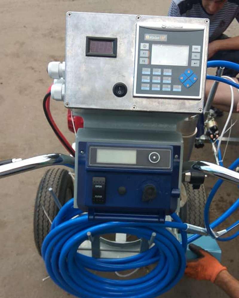 Вакуумный агрегат с компьютером
