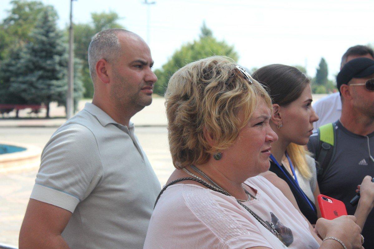 Заместители мэра присутствовали на встрече с общественностью и активистами
