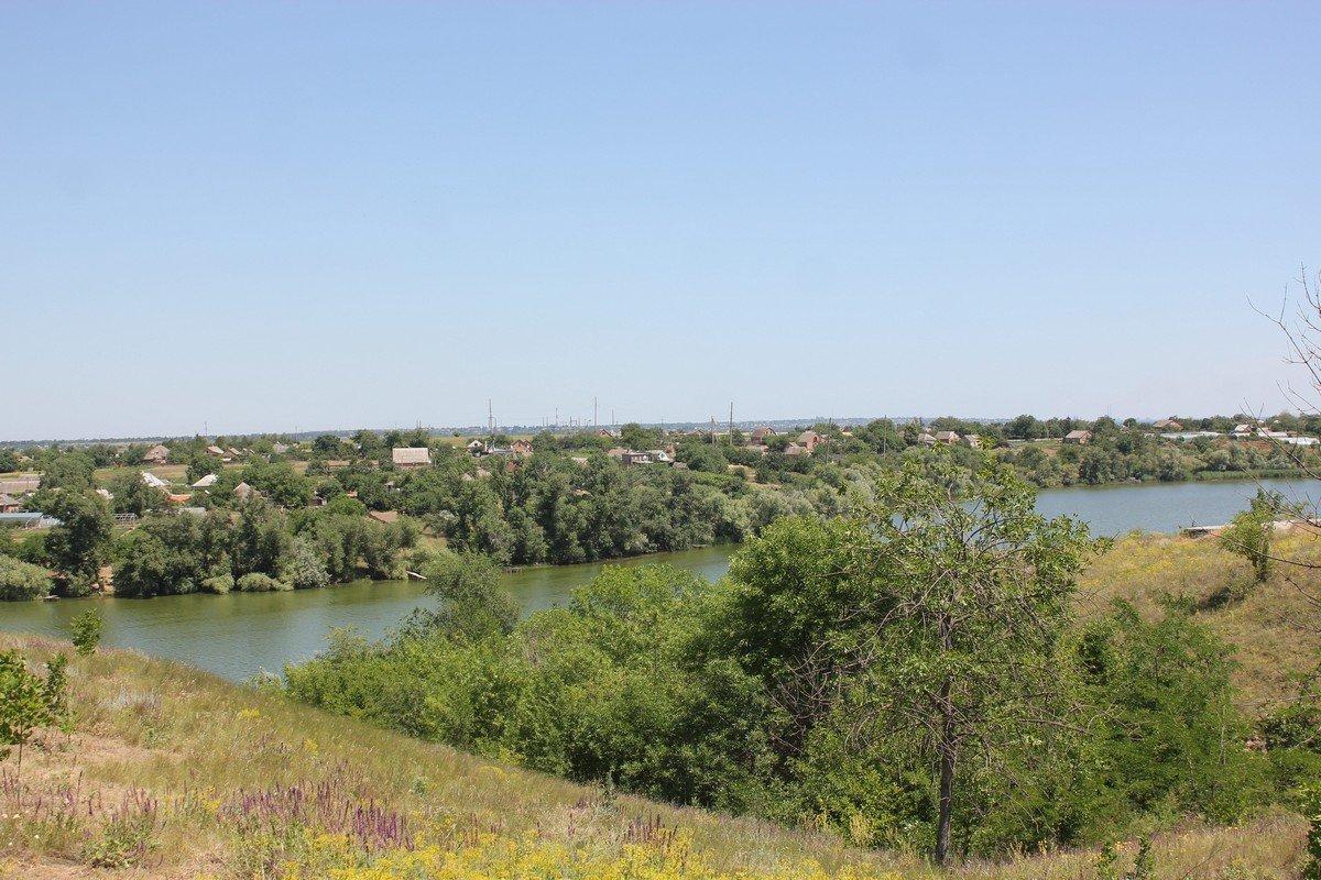 Алексеевский залив и кручи