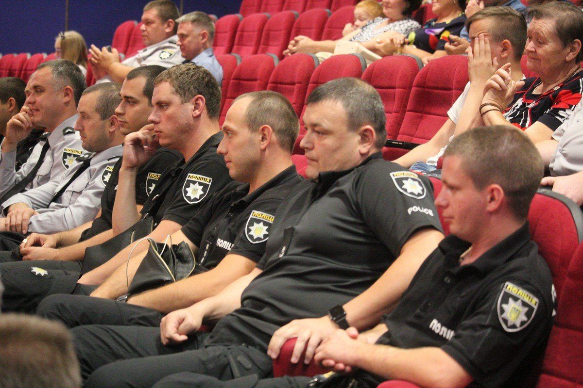 В честь праздника в КСК НЗФ состоялся торжественный концерт