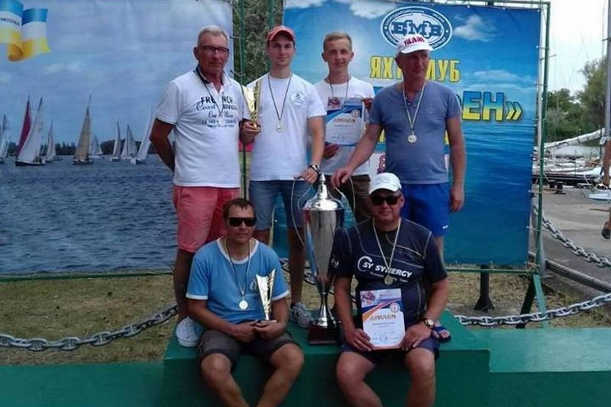 Чемпионами стали экипажи Михаила Сколярова и Александра Румянцева из Никополя